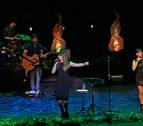 Rozalén y Amaia Romero unieron sus voces este sábado en Baluarte