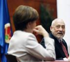 El capitalismo centra una charla del Nobel de Economía Stiglitz y estudiantes de la UPNA