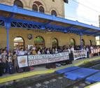 Protesta en Tafalla para evitar la desaparición de la parada del tren