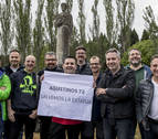 Exalumnos de los Agustinos luchan por salvar su estatua
