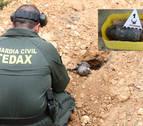 El GEDEX de la Guardia Civil destruye un proyectil de guerra encontrado en el valle de Yerri