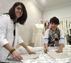 Amaia Artieda, vestir bodas con firma desde un 'atelier' en Tafalla
