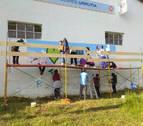 Cinco valles reivindican un Pirineo vivo mediante murales de pintura