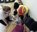 Unas 70 personas participan en un simulacro de atención sanitaria en Amavir Argaray