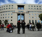 La fiscal pide que los miembros de 'La Manada' continúen en prisión