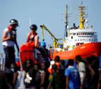 Valencia se ofrece a acoger el barco con refugiados que ha rechazado Italia