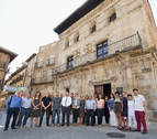 Inaugurada la nueva sede de la oficina de turismo de Estella en la plaza de San Martín