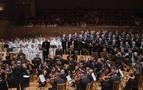 El Orfeón Pamplonés debuta y cautiva en el festival ruso 'Noches Blancas'