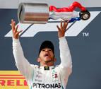 Hamilton renueva con Mercedes hasta 2020