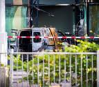 Estrellan un coche contra la sede del diario holandés 'De Telegraaf' en Ámsterdam