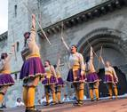 'Palos' y danzas vuelven al Casco Viejo de Tudela