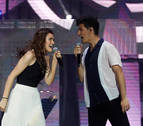 Amaia vuelve a brillar en el concierto solidario de OT en el Bernabéu