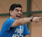 Maradona pide disculpas a la FIFA por sus declaraciones contra los árbitros