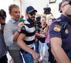 El guardia civil de La Manada queda en libertad a la espera de que la Audiencia de Navarra decida