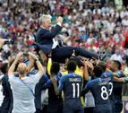 Deschamps, tercero en ganar el Mundial de jugador y entrenador