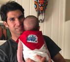 El hijo de Cayetano Rivera también luce atuendo de San Fermín