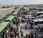 Más de 20.000 civiles huyen de zonas del Estado Islámico en el sur de Siria