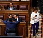 Casado rechaza el reparto proporcional de poder interno que le exige Santamaría