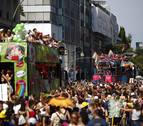 Berlín festeja el 40 aniversario de la marcha del orgullo LGTBI