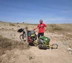Pedales que sacan la basura del campo