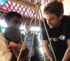 Pau Gasol visita con UNICEF a los niños rohingya refugiados de Bangladesh