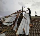 Varios tejados de Mélida sufren daños a causa de una fuerte tormenta
