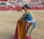 Las vacas más rápidas dan paso al humor en la plaza de toros de Estella