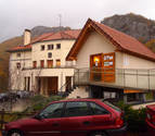 Aezkoa reabre su oficina de turismo con visitas guiadas