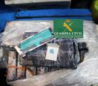 Recuperados ya unos 90 kilos de cocaína flotando en la costa asturiana