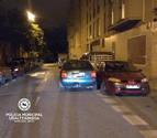 Detenido por triplicar la tasa de alcohol y chocar contra coches aparcados en la Rochapea