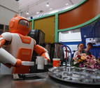 China apuesta por emplear a sus futuros robots como tenderos y profesores