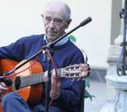 """Carlos Itoiz: """"Siempre he buscado la manera de hacer brillar a la guitarra"""""""