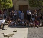 Exposición de dólmenes en Mañeru