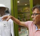 Un comerciante alerta de la presencia de avispas asiáticas en Pamplona