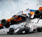 Tremendo accidente de Alonso en la primera curva del GP de Bélgica