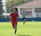 Osasuna, a la espera del vídeo de la segunda amarilla de Aridane en Almendralejo