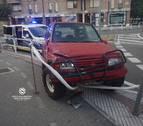 Denunciada por conducir ebria, chocar contra unas vallas y desobedecer a la Policía