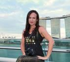 Begoña Hualde, una navarra instructora de zumba y fotógrafa en Singapur