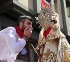 Peralta se echa a la calle en torno a la Virgen de Nieva