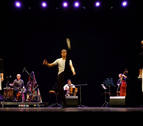 El grupo Mielotxin muestra en Aoiz el legado de Alan Lomax