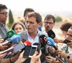 Rivera pide al PSOE rectificar o