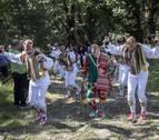 Los danzantes de Ochagavía, protagonistas en el segundo día de fiestas