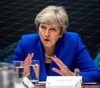 Unos 50 diputados conservadores discuten si forzar o no la salida de May