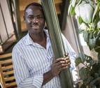 El impulso de Alex, trabajador camerunés del hospital San Juan de Dios, llega a Ghana