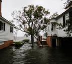 Florence sigue amenazando con fuertes vientos e inundaciones