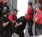Prisión para el padre y libertad provisional para los hijos detenidos por el crimen de Cáseda
