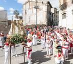 Corella arropa a la Virgen de la Merced