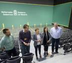 Uxue Barkos y Joseba Asiron, de visita por el Navarra Arena