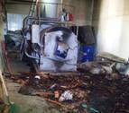 Extinguido un incendio en un almacén anexo al cementerio de Pamplona