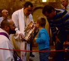 San Miguel vuelve a reunir a cientos de fieles en su santuario de Aralar